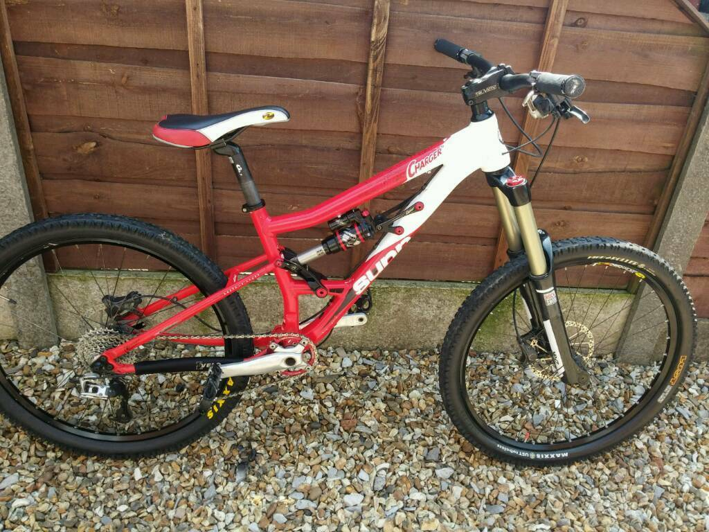 Sunn Charger S2 Enduro Mountain Bike Superb Spec In Bury