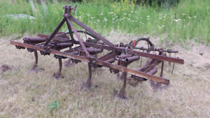 Three-point hitch cultivator