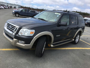 2007 FORD EXPLORER EDDIE BAUER 4x4 7 pass today's special 2995$