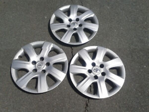 2011 toyota camry hubcaps