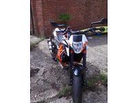 KTM Duke 690 R 14