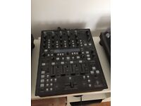 Behringer DDM4000 4 Channel DJ Mixer in Great Condition Digital Mixing Desk