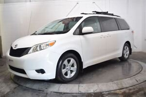 2011 Toyota Sienna LE MAGS 8PASS