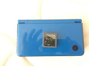 NINTENDO DSI XL *MINT CONDITION* WITH R4 (170 GAMES)