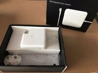 MacBook Pro original , genuine charger MagSafe 85W - as New