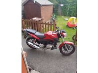 Bike is very relible and is a very good runner sutjble for old and new riders .needs a good home