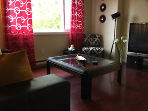 H & L, Hotwater, FibreOP TV & Internet, Furnished in Quiet Style