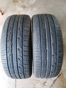 2 pneus Toyo HP 215/55r17