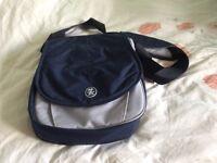 Crumpler Wee Bee Medium shoulder bag