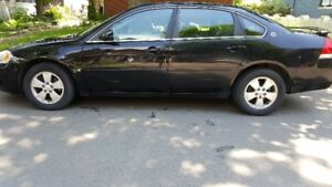2008 Chevrolet Impala w/ Sun Roof, AC, All Season & Winter Tires