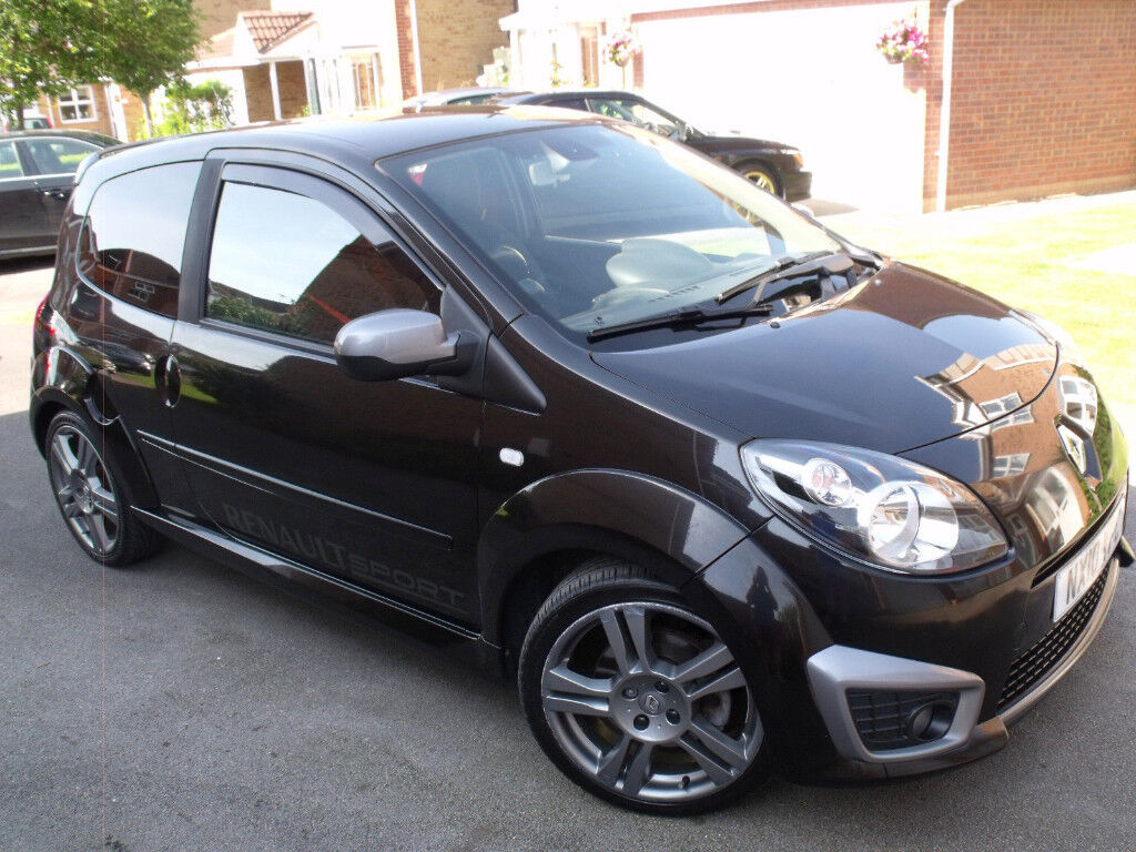 twingo rs 133 cup renaultsport 2010 1 lady owner only 30 000 miles full service history. Black Bedroom Furniture Sets. Home Design Ideas