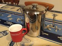 XL STAINLESS STEEL TEAPOT. Great for family gatherings or workmen visiting etc !!!