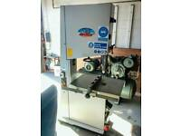 Centauro CO600 Bandsaw. Ex high school, delivery available, excellent condition.