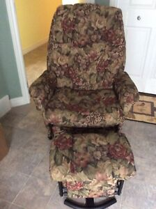 Recliner and glider chair
