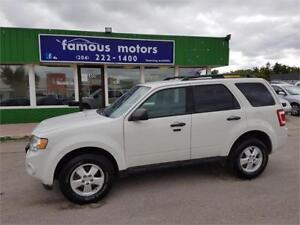 2011 Ford Escape XLT. LOW KM'S/AWD $ REDUCED $ 9100 TODAY ONLY!