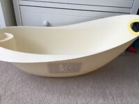 Mothercare Winnie Pooh cream baby bath