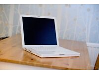 iBook G4 Laptop (Requires Reinstall)