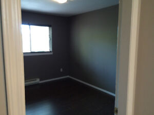 room for rent in condo