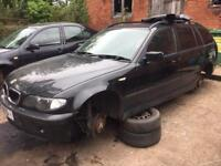 BMW E46 320d Touring in Black Breaking for parts