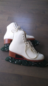 Riedell Womens sz 5 Figure Skates
