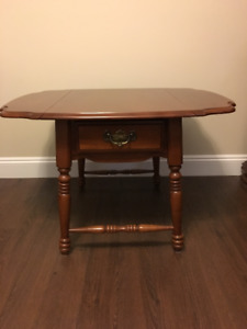 Vilas Solid Maple 2 End Tables