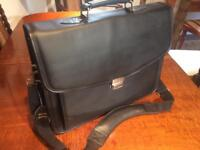 Laptop briefcase bag, brand new by Targus, genuine leather