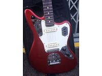 Fender Classic Player Jaguar Special Candy Apple Red in near mint condition