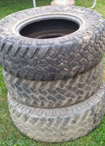 295×70×18 Nitto Trail Grappler tires
