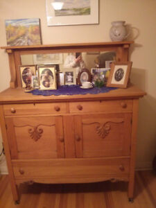 Antique buffet / hutch, nice condition