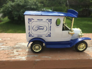 Ford Vintage Delivery Truck Bank with working key