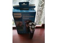 BRAND NEW! PHILIPS Wet/Dry Electric Shaver AQUATouch Model S5420/06