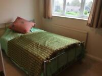 Room to let in fetcham