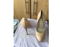 size 39 shoes