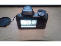 Fujifilm Finepix S8650 camera with 16GB SD card - Used, in good condition
