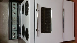 Friigidaire electric rankge5