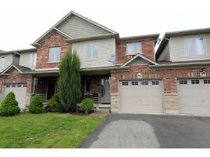 Townhome in Up & Coming Binbrook!