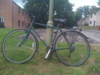 Raleigh hybrid bike, good condition