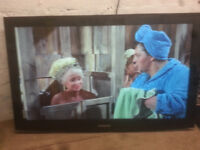 """for sale samsung 40"""" hd lcd widescreen tv with remote £45"""