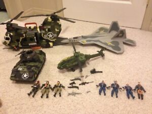 Ture heros, Army toys , men and equipment 40$ OBO REDUCED