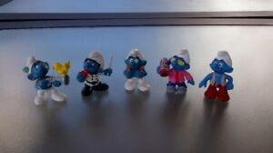 Set of 5 Collectible Smurfs Figurines, the lot for $10