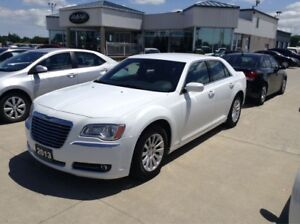 2013 Chrysler 300 Leather / NO PAYMENTS FOR 6 MONTHS !!!
