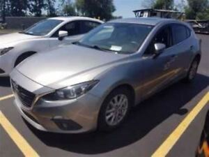 2015 Mazda MAZDA3 SPORT GS HATCHBACK! SUNROOF! HEATED SEATS!
