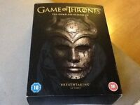 GAME OF THRONES COMPLETE SERIES 1-5 DVD watched only once.