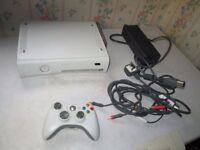 XBOX 360 20GB CONSOLE AND CONTROLLER