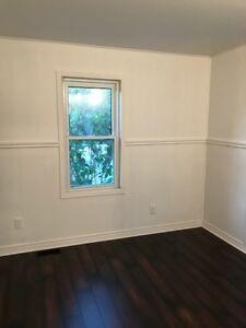 3 BEDROOM HOME ON FORD ROAD IN RIVERSIDE $1000 PLUS UTILITIES