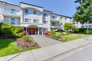 Spacious Condo at the Capistano in White Rock