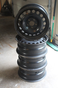 4 Chevrolet Steel Rims with sensors