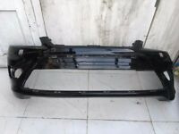 FORD FOCUS ST GINUINE FRONT BUMPER AND RIGHT XENON HEADLIGHT