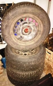 195/65R 15 Gislaved Nord Frost studded tires and steel wheels