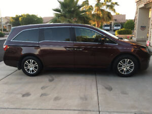 2013 Honda Odyssey TOURING Minivan, Van